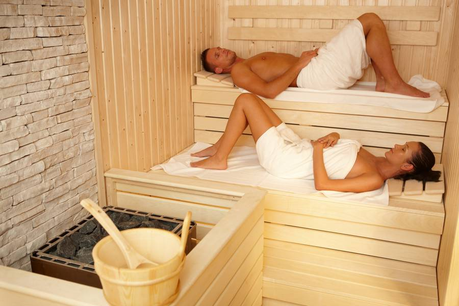 How Regular Sauna Baths Can Improve Your Health